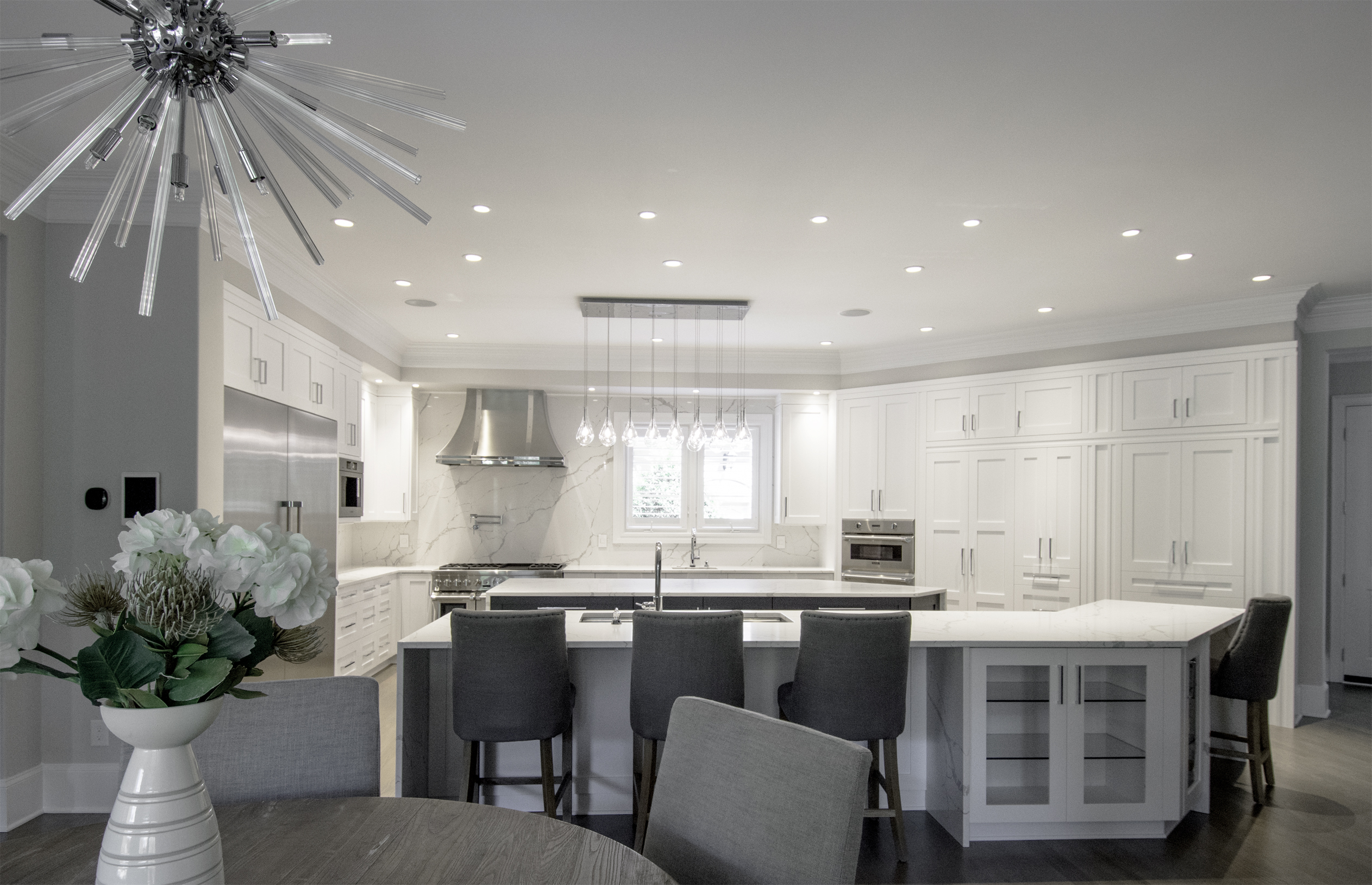 Custom Luxury Transitional Kitchen